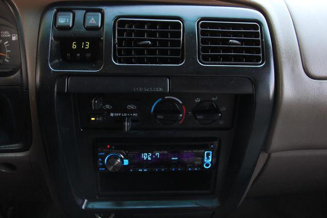1998 Toyota 4Runner SR5 Santa Clarita, CA 19