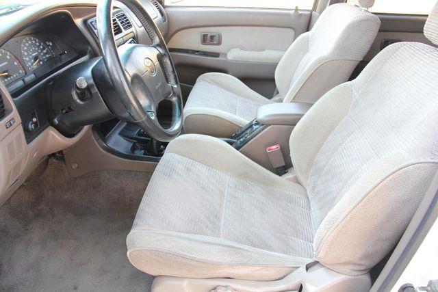 1998 Toyota 4Runner SR5 Santa Clarita, CA 13