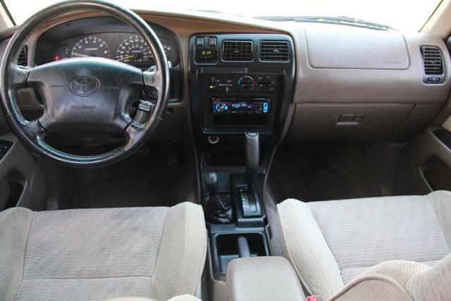 1998 Toyota 4Runner SR5 Santa Clarita, CA 7