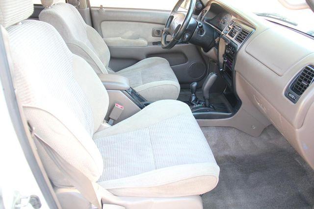 1998 Toyota 4Runner SR5 Santa Clarita, CA 14