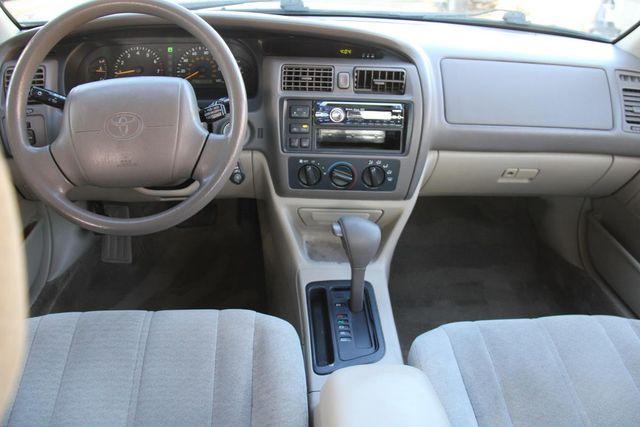 1998 Toyota Avalon XL Santa Clarita, CA 7