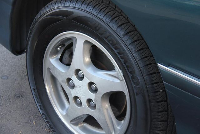 1998 Toyota Avalon XL Santa Clarita, CA 18
