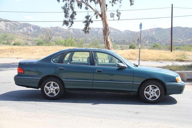 1998 Toyota Avalon XL Santa Clarita, CA 12