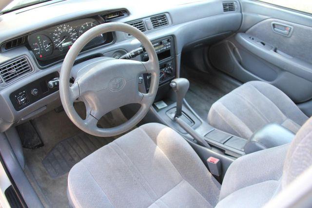 1998 Toyota Camry LE Santa Clarita, CA 8