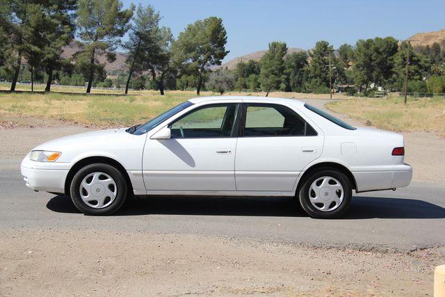 1998 Toyota Camry LE Santa Clarita, CA 11