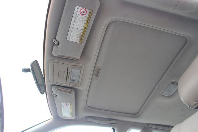 1998 Toyota Camry XLE Santa Clarita, CA 17
