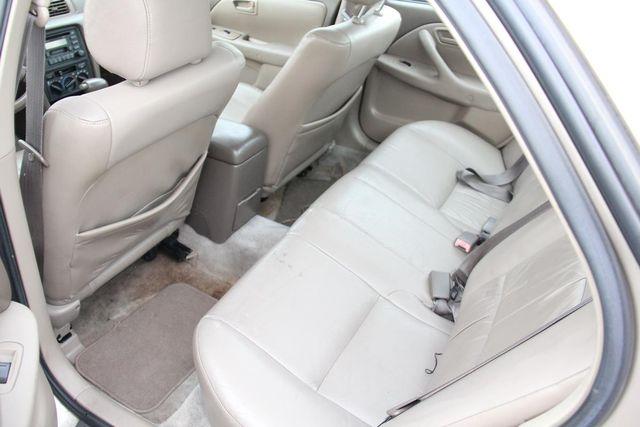 1998 Toyota Camry XLE Santa Clarita, CA 15