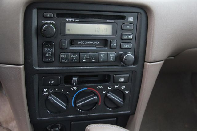 1998 Toyota Camry XLE Santa Clarita, CA 18