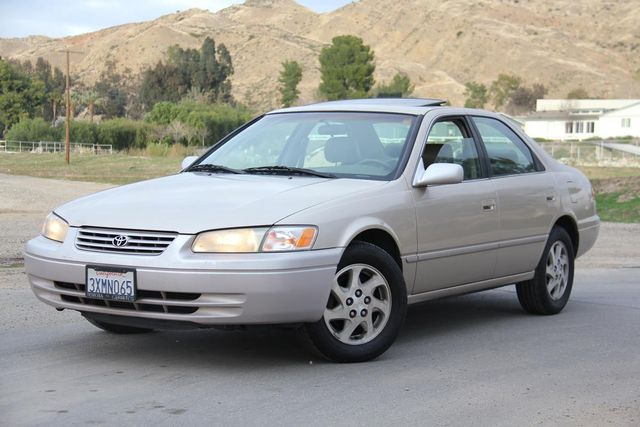 1998 Toyota Camry XLE Santa Clarita, CA 4
