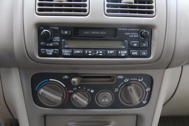1998 Toyota Corolla LE Santa Clarita, CA 19