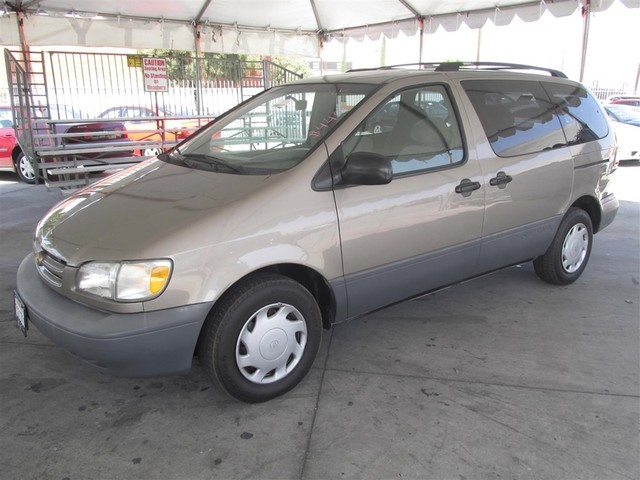 1998 Toyota Sienna LE This particular Vehicle comes with 3rd Row Seat Please call or e-mail to ch