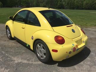 1998 Volkswagen New Beetle Ravenna, Ohio 4