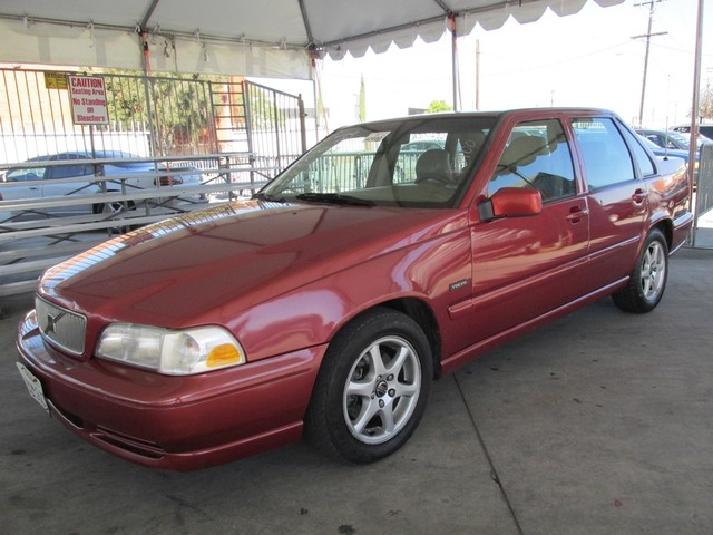 1998 Volvo S70 Please call or e-mail to check availability All of our vehicles are available for