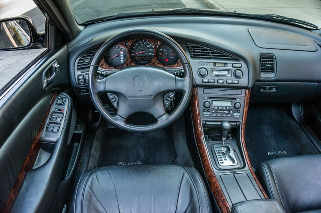 1999 Acura TL  AUTO - 76K MILES - LTHR - ALLOY WHLS Reseda, CA 18