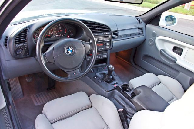 1999 BMW M Models M3 COUPE MANUAL ORIGINAL IMMACULATE COND. SERVICE RECORDS! Woodland Hills, CA 12
