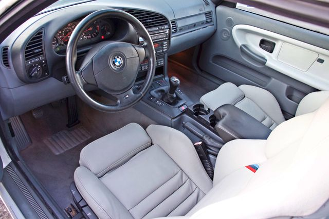1999 BMW M Models M3 COUPE MANUAL ORIGINAL IMMACULATE COND. SERVICE RECORDS! Woodland Hills, CA 13