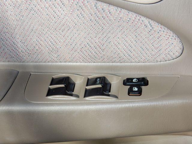 1999 Chevrolet Prizm Original Low Mileage Leesburg, Virginia 9