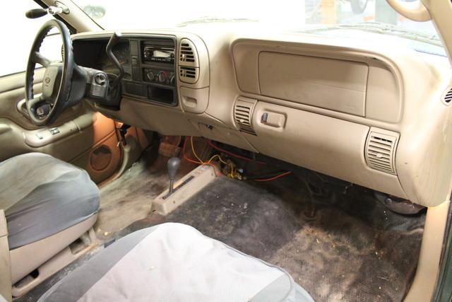 1999 Chevrolet Tahoe Roscoe, Illinois 13