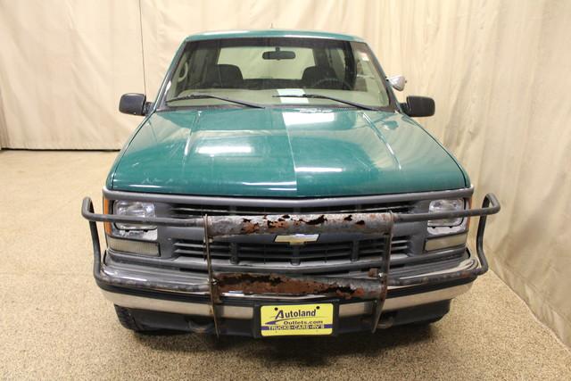 1999 Chevrolet Tahoe Roscoe, Illinois 3