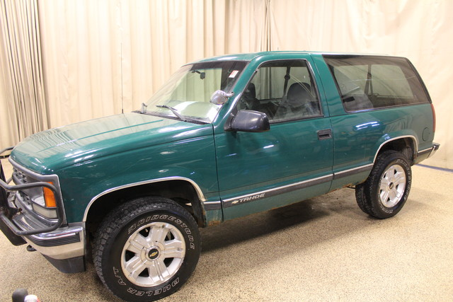 1999 Chevrolet Tahoe Roscoe, Illinois 2
