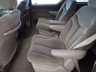 1999 Chrysler Town & Country LX Lincoln, Nebraska 2