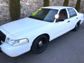 1999 Ford-3 Owner!! Buy Here!! Crown Victoria-CARMARTSOUTH.COM Base-999 DN WAC -CAC!! Knoxville, Tennessee 2