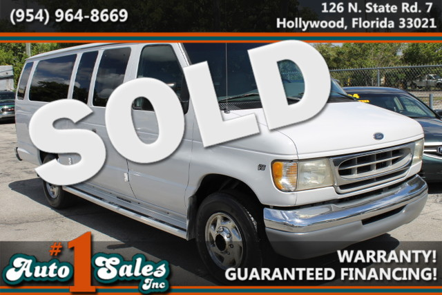 1999 Ford Econoline Wagon XL  CARFAX CERTIFIED AUTOCHECK CERTIFIED  FLORIDA VEHICLE  If y