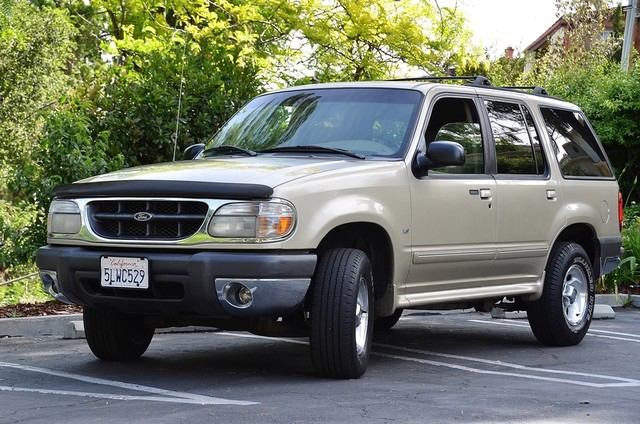 1999 Ford Explorer XLT Reseda, CA 1