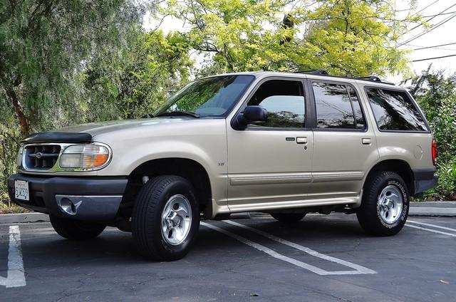 1999 Ford Explorer XLT Reseda, CA 10