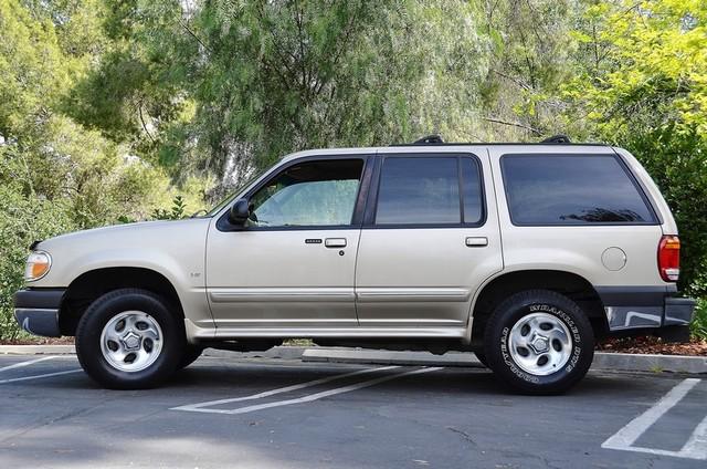 1999 Ford Explorer XLT Reseda, CA 11