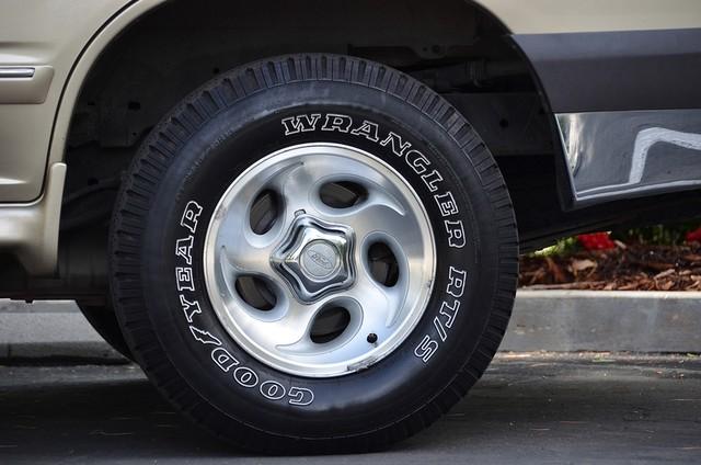 1999 Ford Explorer XLT Reseda, CA 13