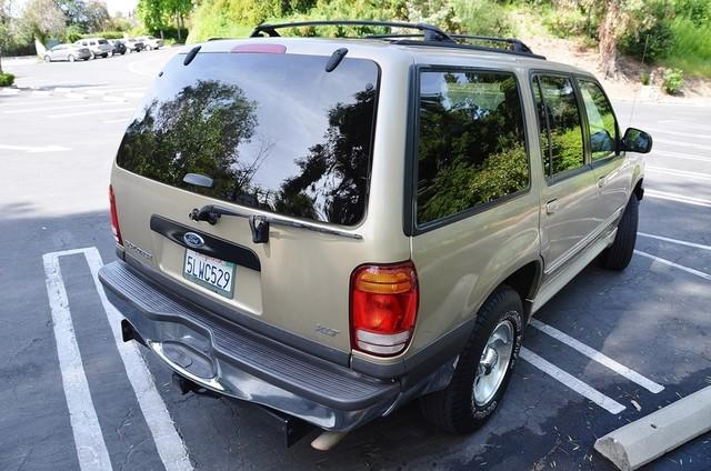1999 Ford Explorer XLT Reseda, CA 4