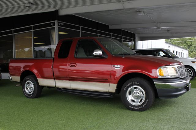 1999 Ford F-150 XLT SuperCab RWD - 1 OWNER - WINDOW STICKER! Mooresville , NC 19