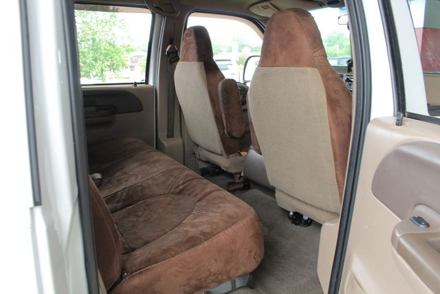 1999 Ford Super Duty F-350 DRW Lariat Crew Cab Long Bed RWD - 7.3L DIESEL! Mooresville , NC 34