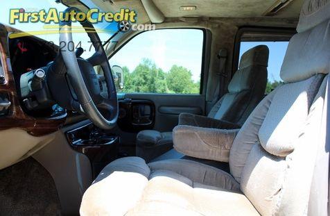 1999 GMC Savanna  | Jackson , MO | First Auto Credit in Jackson , MO