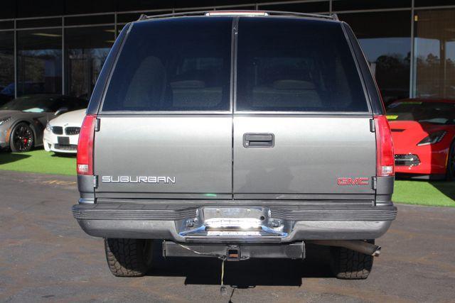 1999 GMC Suburban SLT 4X4 - LEATHER BUCKETS - BARN DOORS! Mooresville , NC 17