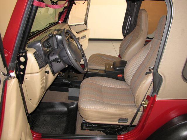 1999 Jeep Wrangler Sport Jacksonville , FL 27
