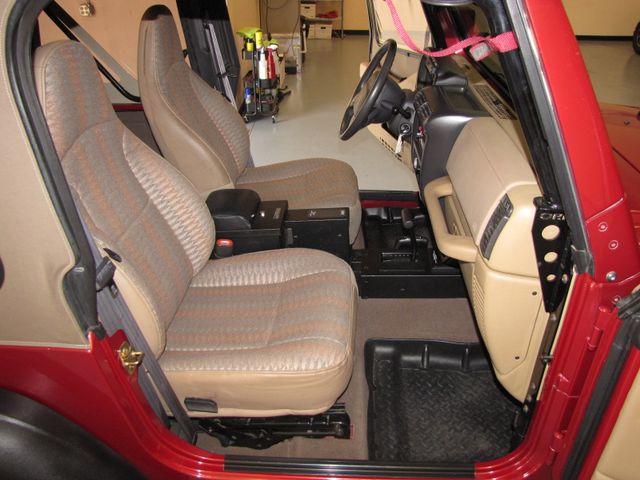 1999 Jeep Wrangler Sport Jacksonville , FL 29