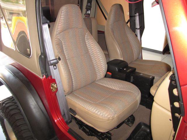 1999 Jeep Wrangler Sport Jacksonville , FL 28