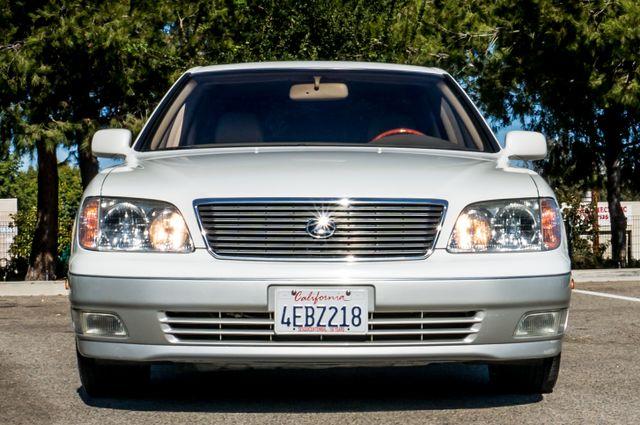 1999 Lexus LS 400 Luxury Sdn Reseda, CA 3