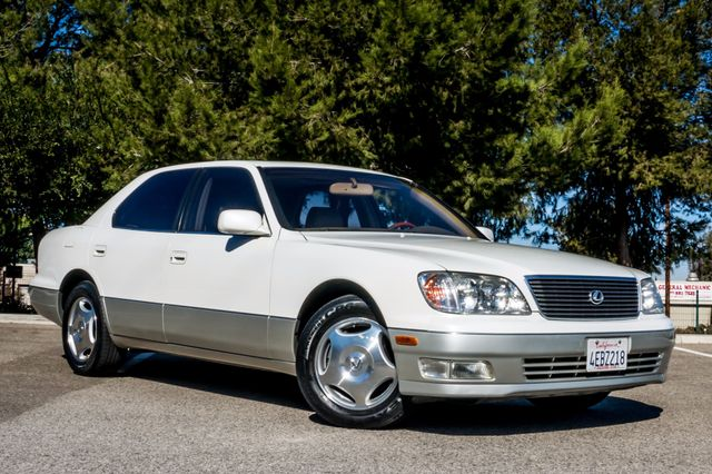 1999 Lexus LS 400 Luxury Sdn Reseda, CA 4