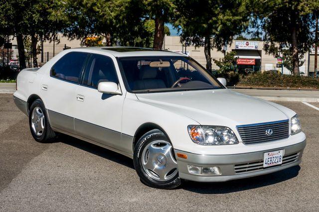 1999 Lexus LS 400 Luxury Sdn Reseda, CA 41