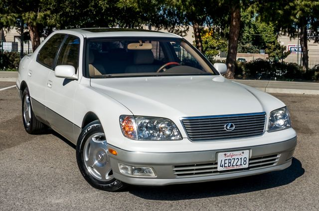 1999 Lexus LS 400 Luxury Sdn Reseda, CA 39