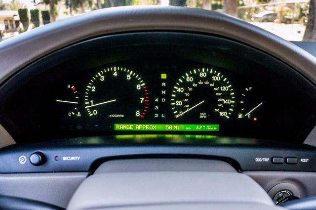 1999 Lexus LS 400 Luxury Sdn Reseda, CA 15