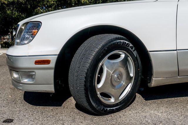 1999 Lexus LS 400 Luxury Sdn Reseda, CA 12