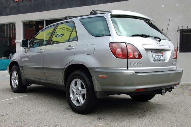 1999 Lexus RX 300 Luxury SUV Studio City, California 4