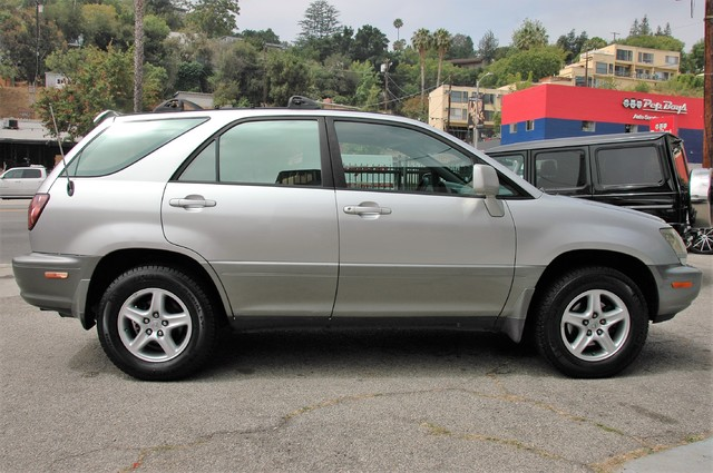 1999 Lexus RX 300 Luxury SUV Studio City, California 7