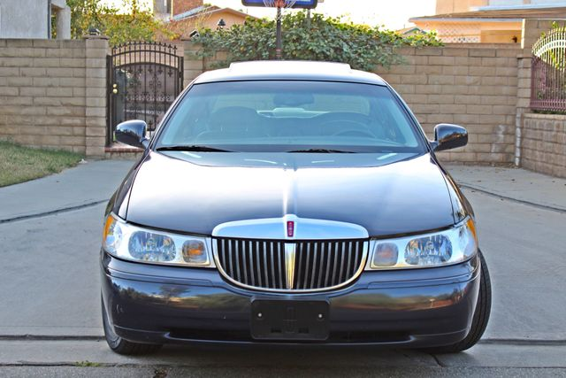 1999 Lincoln TOWN CAR SIGNATURE ONLY 57K ORIGINAL MLSI AUTOMATIC 1-OWNER SERVICE RECORDS AVAILABLE Woodland Hills, CA 12