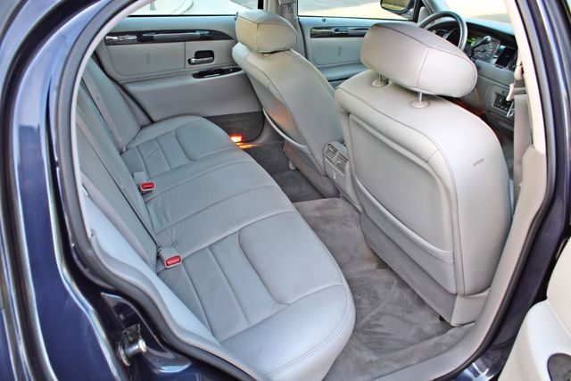 1999 Lincoln TOWN CAR SIGNATURE ONLY 57K ORIGINAL MLSI AUTOMATIC 1-OWNER SERVICE RECORDS AVAILABLE Woodland Hills, CA 27