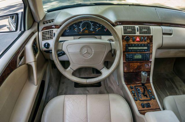 1999 Mercedes-Benz E300 Reseda, CA 18
